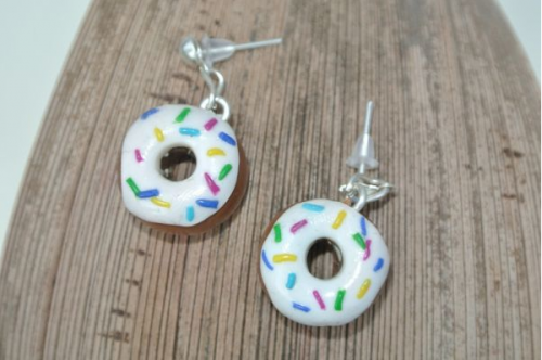 Waikiki Earrings Donuts in White